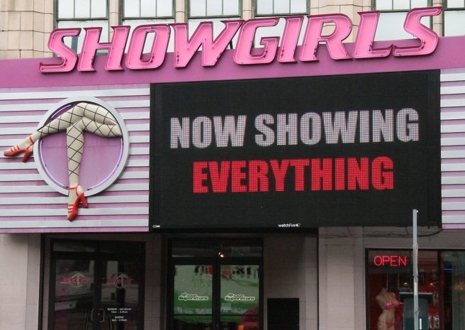 10 showgirls