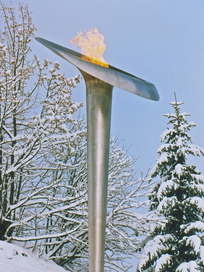 10a Albertville Meribel Olympic Flame 1992